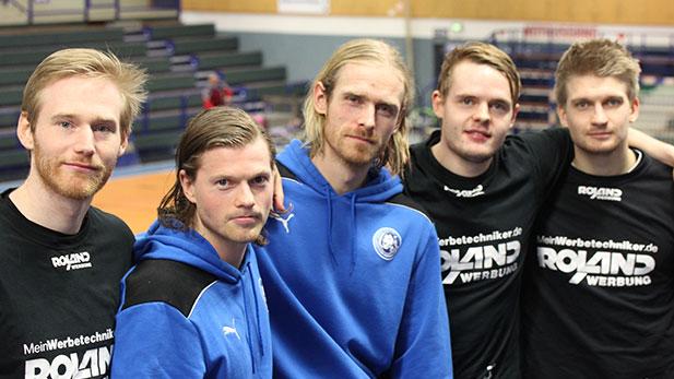 Kleines Foto: Ernir Arnarson, Oddur Grétarsson (beide TV Emsdetten), Olli...